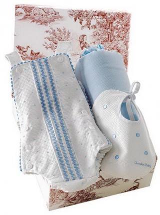 Canastilla de bebé en color azul modelo Capricho