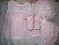 Canastilla de bebe rosa modelo Mimosa